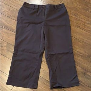 Worthington stretch dark brown stretch capris 16